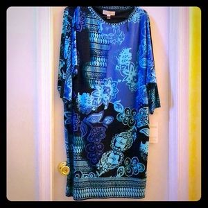 Printed shift dress NWT 3/4 sleeves, batwing style
